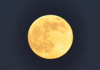 2012.8.2full_moon.jpg